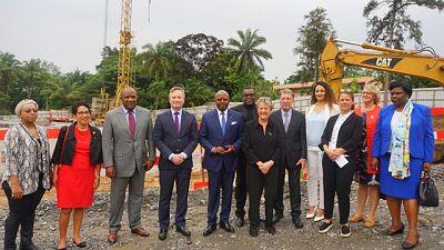 Cérémonie de la pose de la première pierre de la nouvelle ambassade de France au Gabon