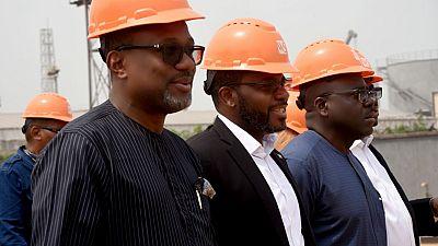 Le ministre des Mines et des Hydrocarbures de la Guinee equatorial visite la raffinerie modulaire de Waltersmith