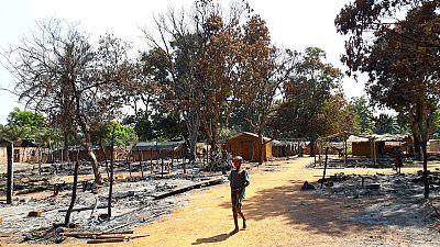 République Centrafricaine (RCA) : des Casques bleus protègent des centaines de personnes déplacées par des combats dans le sud-est