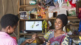 ENGIE Afrique apporte de l'électricité décentralisée à 4 millions de personnes, établissant ainsi sa position de leader sur le continent