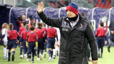 """Il Bologna festeggia Mihajlovic """"ti vogliamo bene"""""""