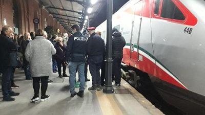 Coronavirus:psicosi Lecce,treno bloccato