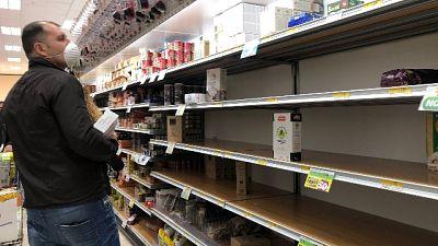 Coronavirus: a Milano code a supermarket