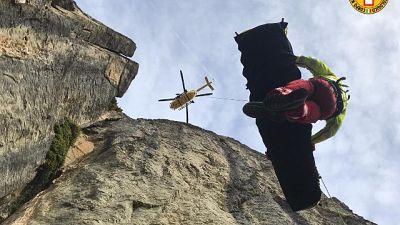 Cade durante arrampicata, soccorso