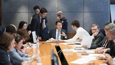 Conte, non limitare spostamenti italiani