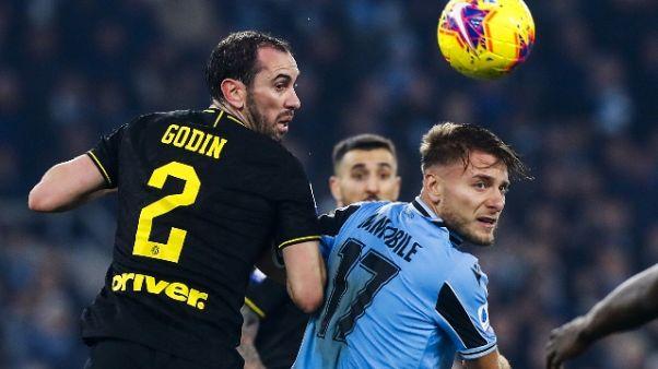 """Calcio: Inter; Godin """"Settimana importante"""""""