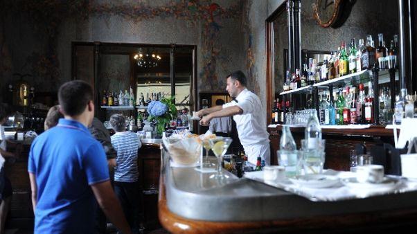Bar lombardi riaperti anche dopo le 18