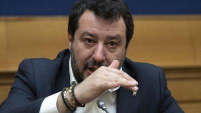 Salvini, serve premier con gli attributi