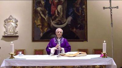 Vescovo Piacenza celebra messa streaming