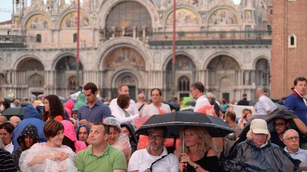 Coronavirus: hotel Venezia a rischio