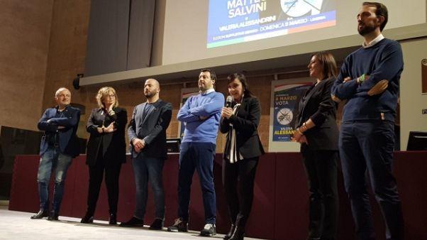 Salvini, non ci arrendiamo al virus