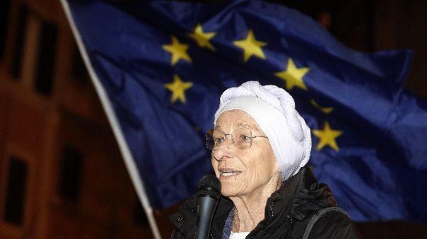 Bonino a Conte, rinviare referendum 29/3