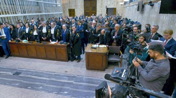 Positivi due giudici a Milano