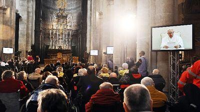 Papa: Angelus e udienza solo in video