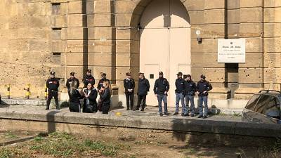 Tentativo evasione dal carcere Palermo