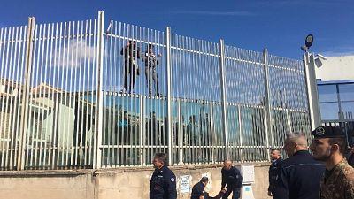 Rivolta in carcere Foggia,alcuni evadono