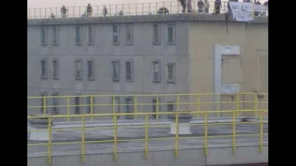 Notte di tensione in carcere a Bologna