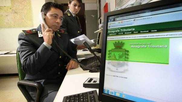 Fisco: sequestro 800mila euro ex notaio