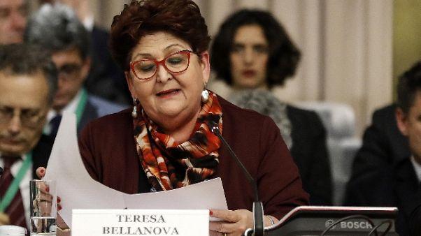 Bellanova, rispettare regole