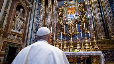 Papa: chiesto a Dio di fermare epidemia