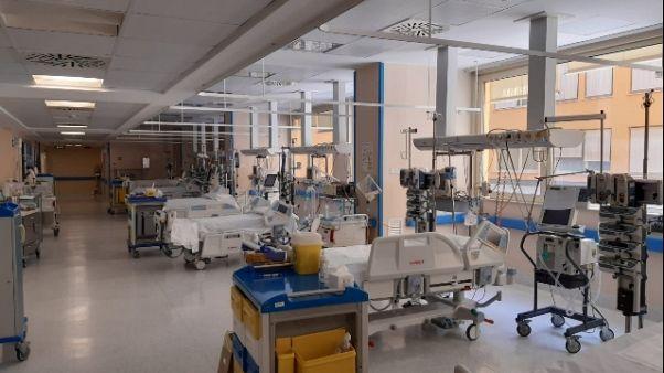 Coronavirus: 4 morti, positiva bimba