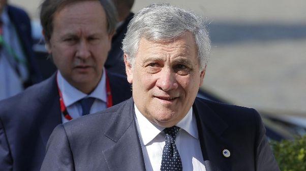 Tajani, bene Bce ma non basta