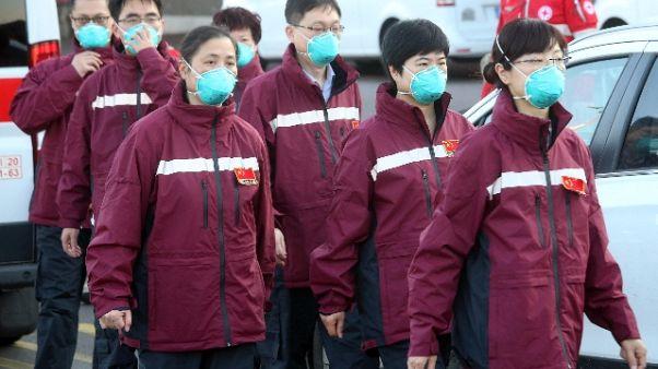 Virus, Cina invia altri medici in Italia
