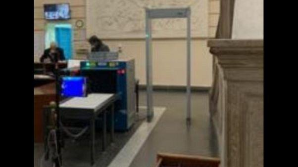 Termoscanner carcere Napoli,primo Italia