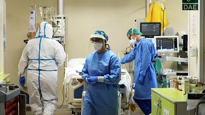 Sindaco-infermiere torna in corsia