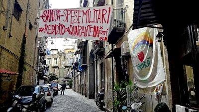 Grillo, dare ora reddito universale