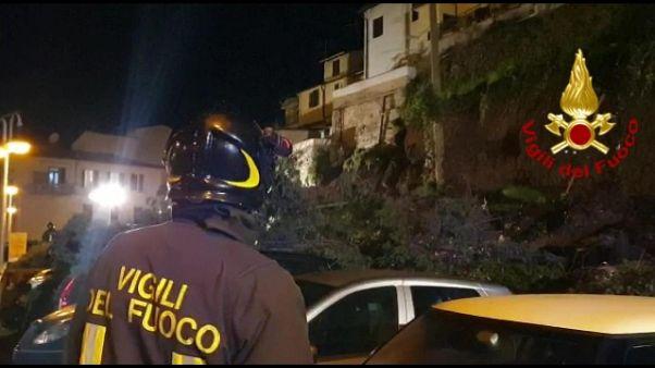 Crolla ponte in provincia Massa Carrara