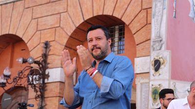 Salvini, c'è chi specula e chi lavora