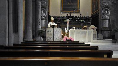 Messe e funerali, Cei tratta su 'fase 2'