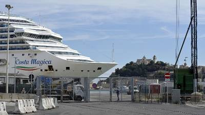 Costa Magica ad Ancona, oggi primi 146 t
