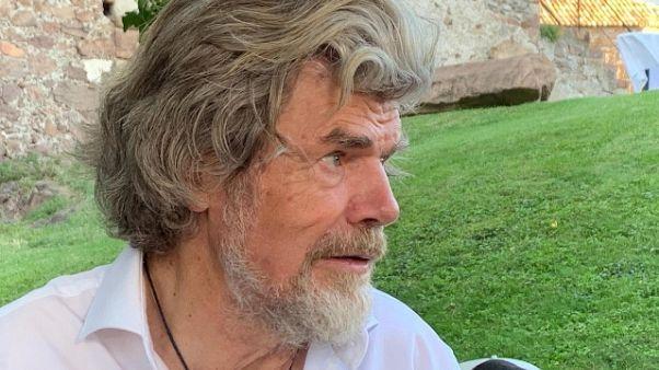 Messner, ora riaprire confini