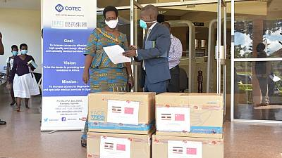 Coronavirus - Uganda: The Permanent Secretary receives Personal Protective Equipment from KPC Cotec Medical Company/Sinoafrica Medicines and Health Ltd