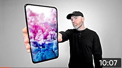 Over 2.53 million Viewers! Global top influencer UNBOX THERAPY endorses TECNO CAMON 15 Premier!
