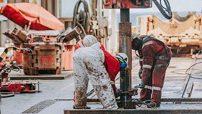 Sans la flexibilité des gouvernements sur les mouvements de personnel pétrolier, la production de pétrole et de gaz en Afrique sera gravement affectée