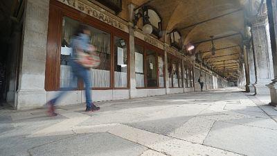 Venezia, ancora chiusi Caffè storici