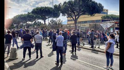 Protesta autoscuole, strada bloccata