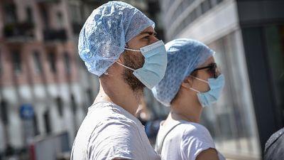 In Lombardia calo contagi ma più morti