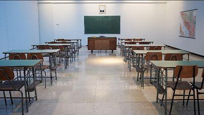 Azzolina, scuola tornerà a settembre