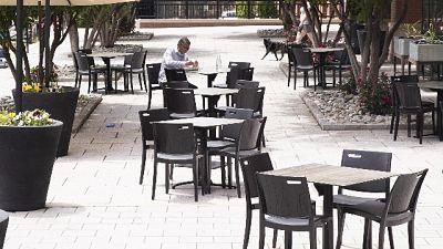 Covid:positivo va a lavoro in ristorante