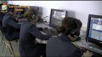 Mafia:operazione Gdf a Taranto,9 arresti