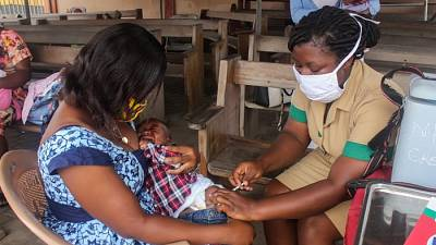 Coronavirus: Ghana's community nurses deliver child health care amid COVID-19