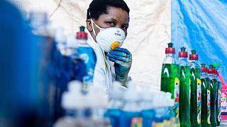 Covid-19 en Afrique : le nombre de nouveaux cas et décès continue de baisser, mais l'OMS appelle à la prudence