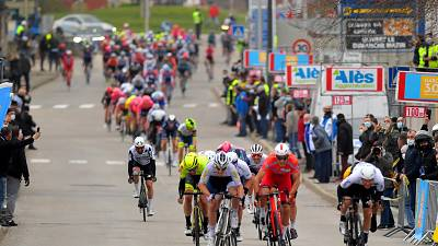 Nizzolo sprints to 3rd in chaotic stage 2 of Etoile de Besseges