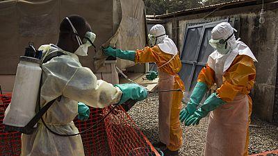 Ebola : six pays placés en « alerte urgente » après l'apparition de foyers en RDC et en Guinée (OMS)