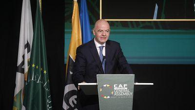 """Le Président de la FIFA salue """"l'esprit d'équipe"""" africain"""