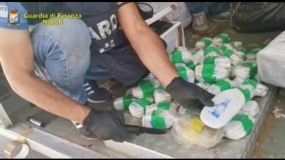 Gdf trova 3 tonnellate hashish e 1 mln pasticche anfetamine